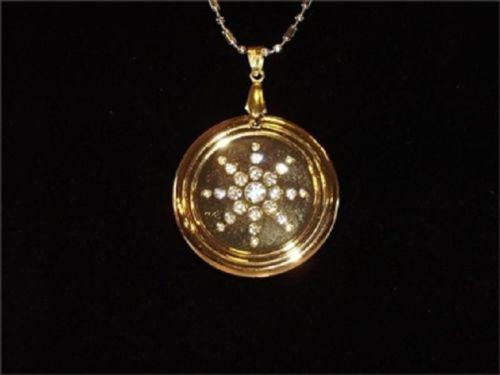 złoty medalion Quantum