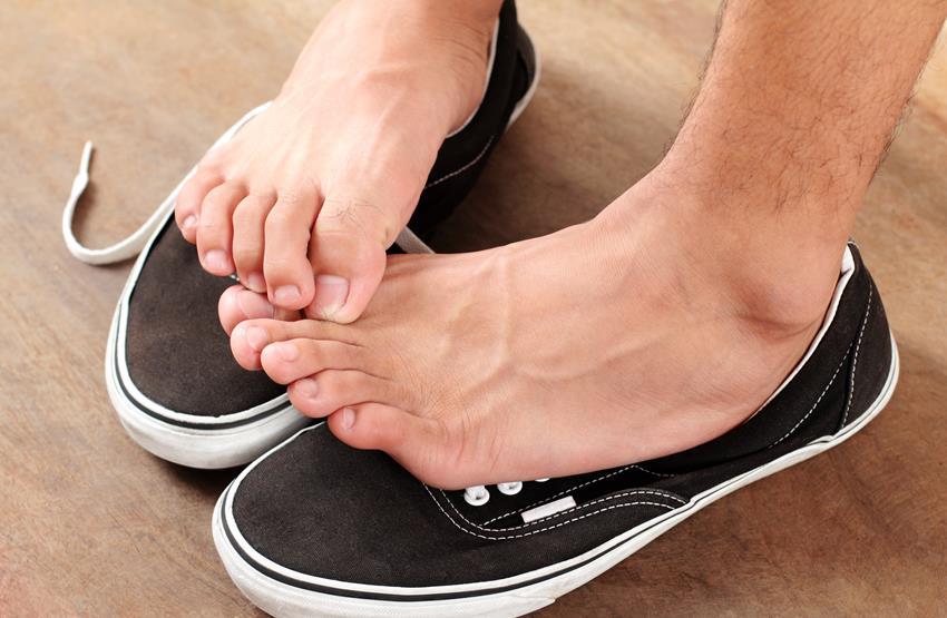 jak leczyć grzybicę stóp ?