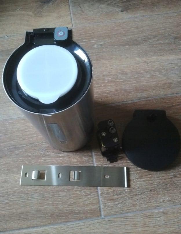 Bezdotykowy dozownik płynu dezynfekcyjnego 700mlrrr